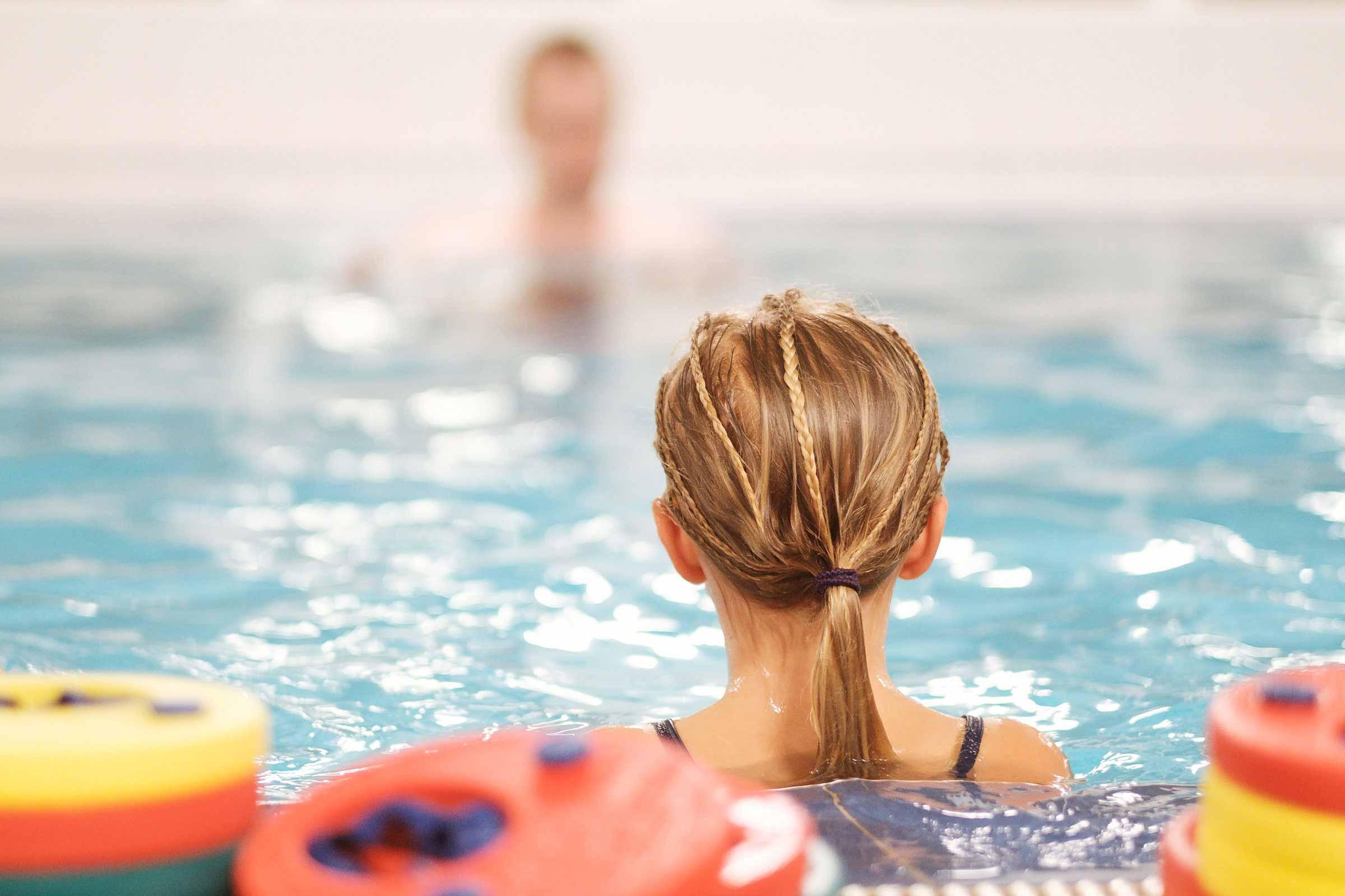 Babysim och simskola